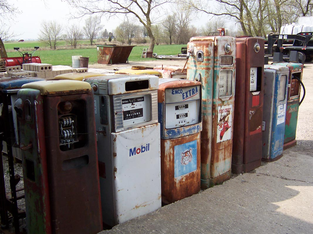 Old_Gas_Pumps